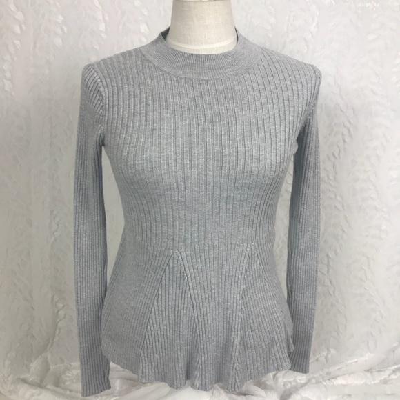 Mustard Seed gray crew neck peplum knit sweater sm